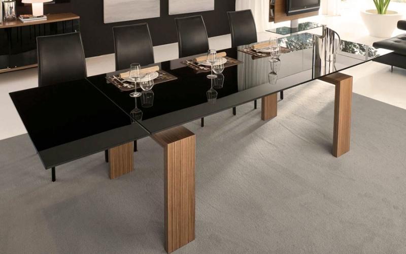 Modelos de sillas de madera para comedor for Sillas minimalistas para comedor