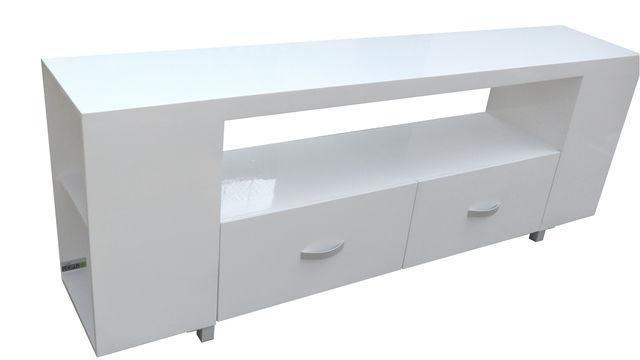 Galer as de fotos muebles contemporaneos minimalistas for Muebles minimalistas comedores